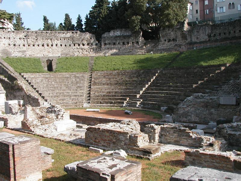 TRIESTE - Apertura straordinaria del Teatro romano