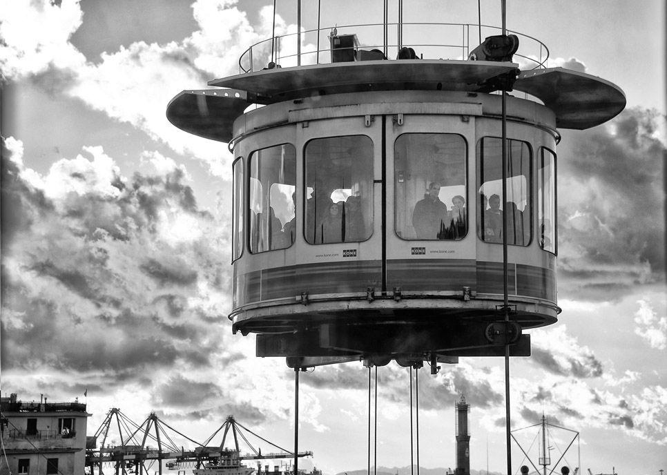 SGUARDO SU GENOVA E DINTORNI mostra fotografica di Orietta Bay