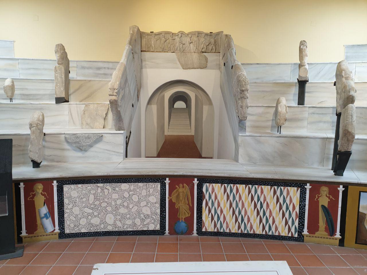 Progetto Cur'Arti: Presentazione della Collezione dedicata all'inaugurazione del primo Museo-Ambulatorio d'Italia e  Visita guidata