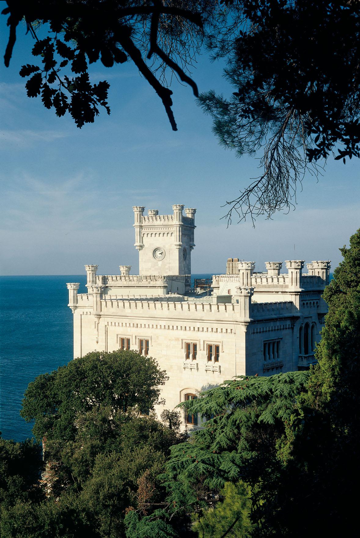 Home | Museo storico e il Parco del Castello di Miramare